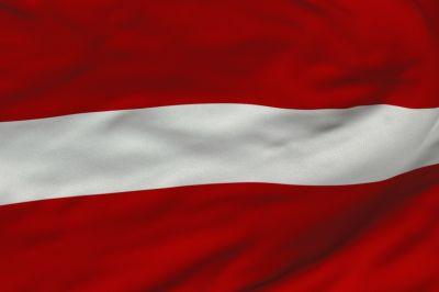 Znalezione obrazy dla zapytania łotwa flaga