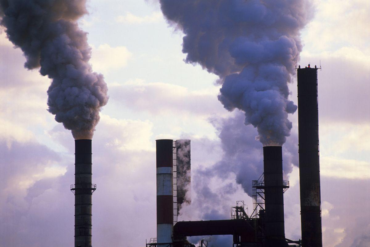 persuasive essay factory pollution